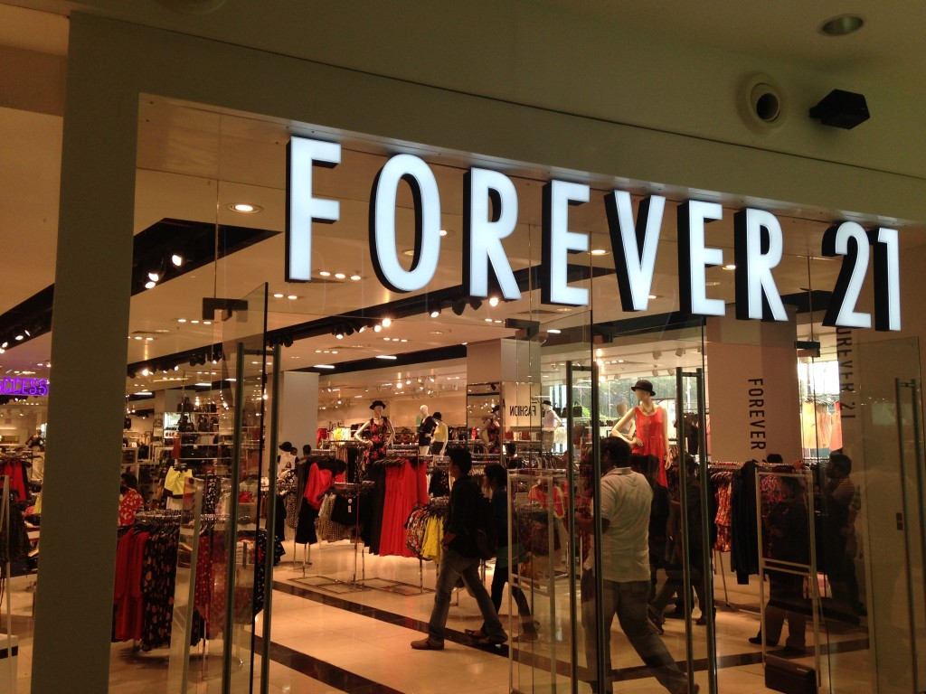 Forever 21 in Oberoi Mall