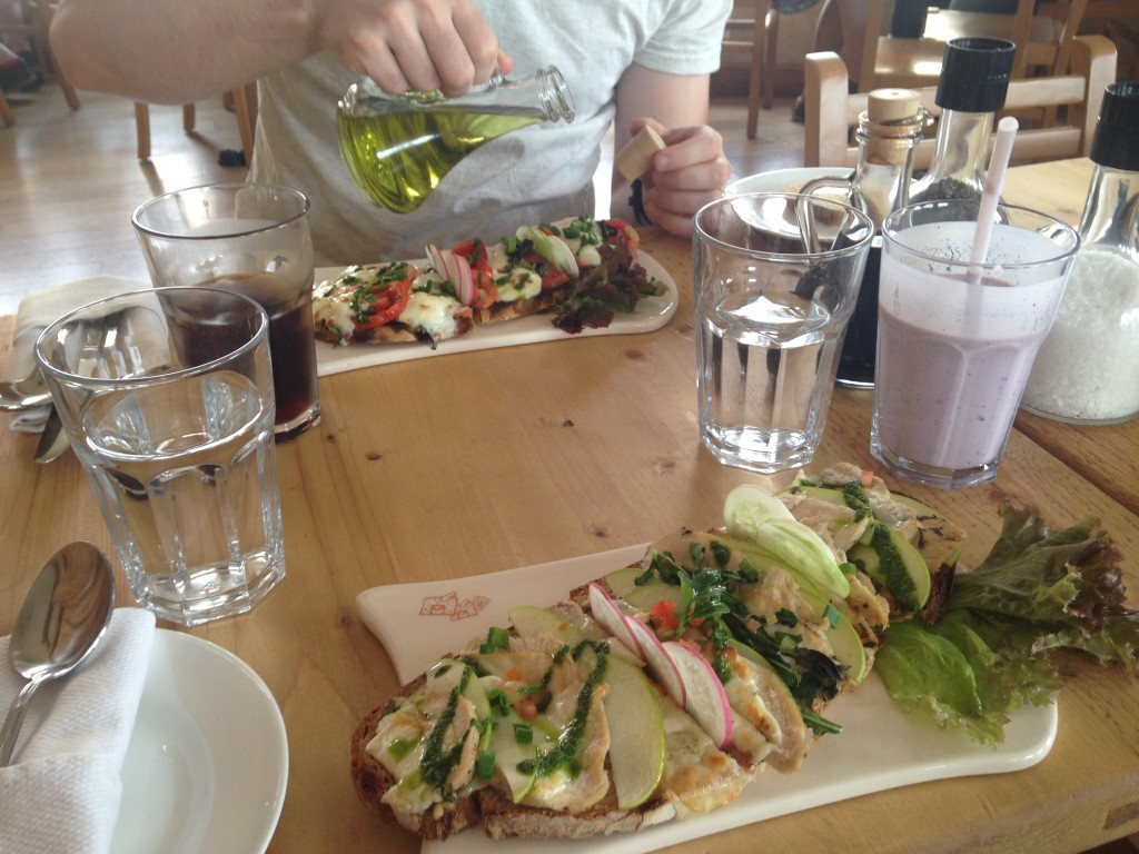 Lunch at Le Pain Quotidien